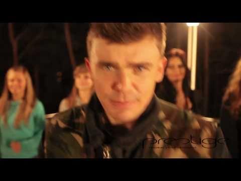 Tekst piosenki sexualna niebezpieczna po rusku